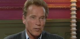 Arnold Schwarzenegger parle du film Triplés, la suite de Jumeaux