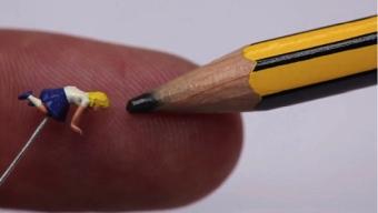 Dot., la plus petite animation stopmotion du monde filmée avec un microscope