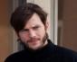 Premières images d'Ashton Kutcher dans la peau de Steve Jobs