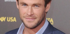 Chris Hemsworth dans le SOS Fantômes 100% féminin