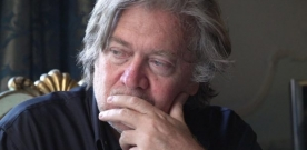 Critique : Steve Bannon – Le grand manipulateur